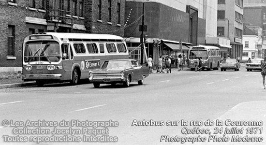 Saint-Roch dans les années 1970 (7) : autobus à Québec - Jean Cazes