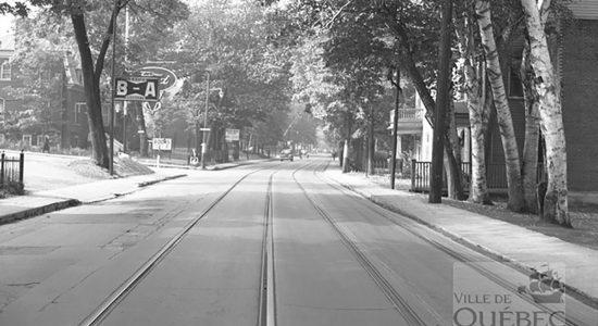 Rails de tramway sur le chemin Sainte-Foy en 1942 - Céline Fabriès
