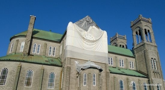 Le clocher de l'église du Très-Saint-Sacrement instable - Marine Lobrieau