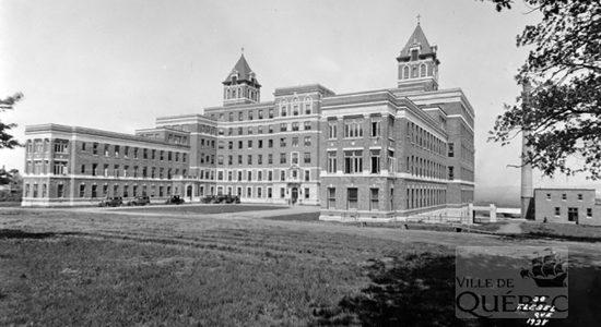 L'hôpital Saint-Sacrement en 1928 - Marine Lobrieau