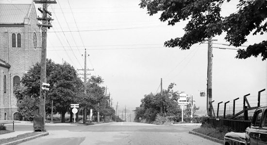 L'intersection de l'avenue Holland et du Chemin Sainte-Foy en 1946 - Marine Lobrieau