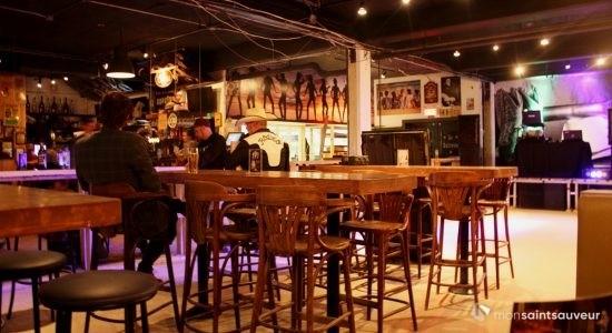 Le Ballroom Country, un <em>dance club</em> western en plein centre-ville - Dominic Champagne
