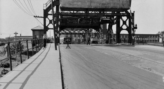 Limoilou dans les années 1940 (27) : le pont de fer Drouin - Jean Cazes