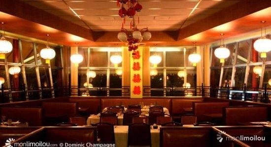 Voyage dans le temps au China Garden - Dominic Champagne