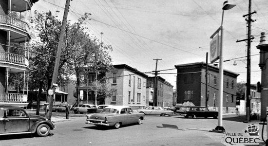 Saint-Sauveur dans les années 1960 (25): carrefour de la rue Saint-François - Jean Cazes