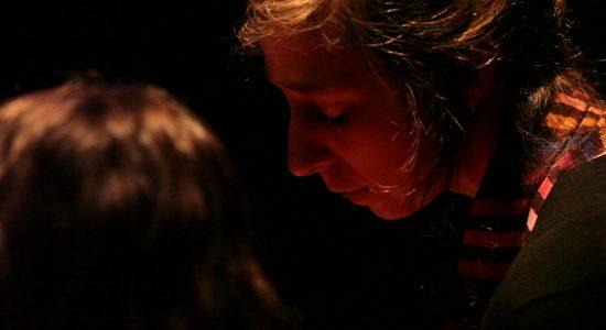 Chansons chuchotées, un bouquet d'émotions et de beau - Anne-Christine Guy