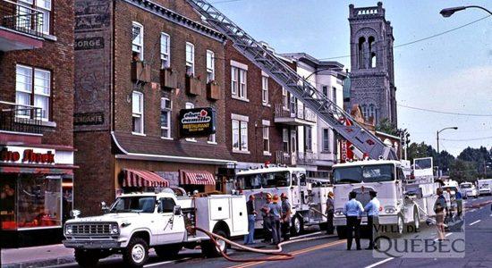 Saint-Sacrement dans les années 1970 : incendie au restaurant Chez Camille - Jean Cazes