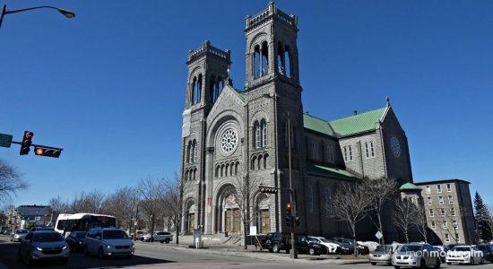 SOS St-Sacrement veut sauvegarder l'église du Très-Saint-Sacrement - Ève Cayer