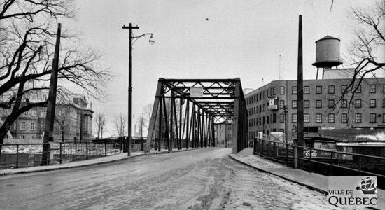 Saint-Roch dans les années 1950 (23) : le pont Victoria - Jean Cazes