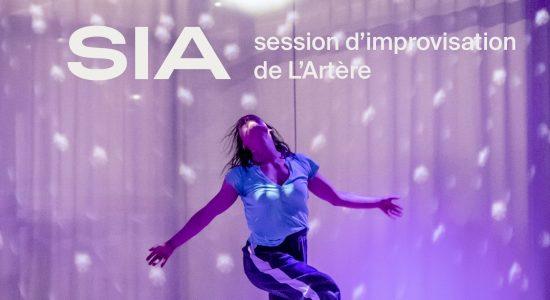 SIA ╱ performance devant public
