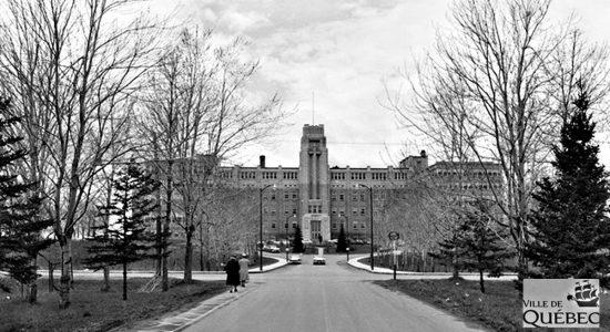 Limoilou dans les années 1960 (126) : l'hôpital de l'Enfant-Jésus - Jean Cazes
