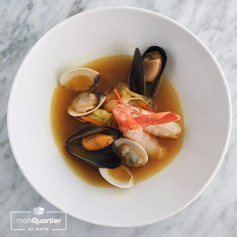 Court bouillon de fruits de mer