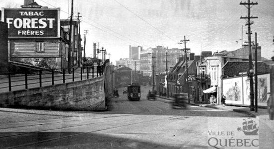 Saint-Roch dans les années 1930 (2) : la côte d'Abraham et une publicité de tabac - Jean Cazes