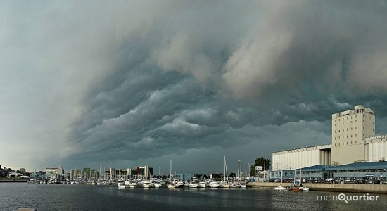L'orage du 10 juin 2008 au passage de son arcus sur le bassin Louise.