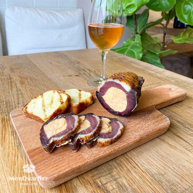 Magret de canard séché farci au foie gras