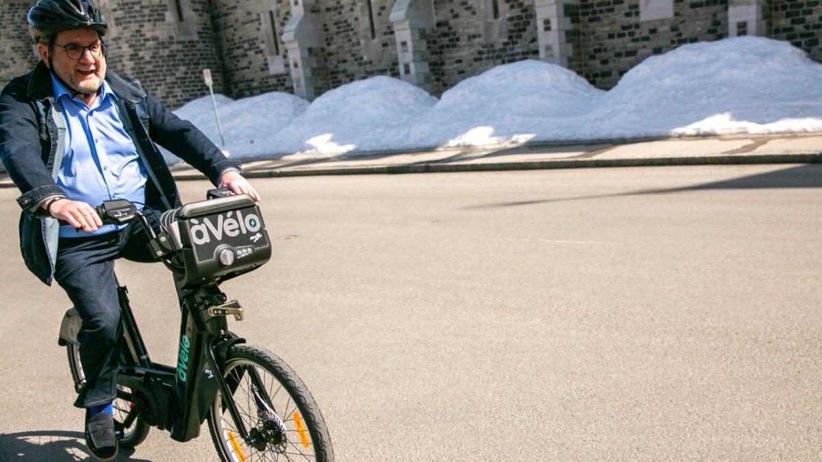 Un service de vélopartage déployé cet été à Québec | 23 mars 2021 | Article par Véronique Demers