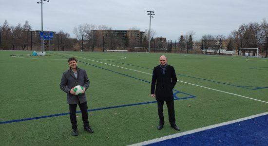 Le terrain de soccer du parc Victoria rafraichi pour 425 000 $ - Véronique Demers