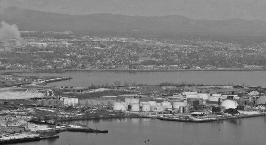 L'Université Laval et le Port de Québec: l'« Absolugate » - Monquartier